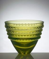 Bowl Carlsbad - (uranium glass)