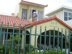 Tres Palmas Guest House