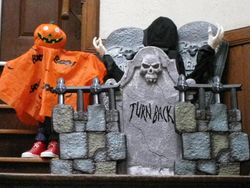 Halloween Decorations Rock