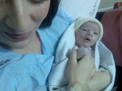 Newborn with Mummy