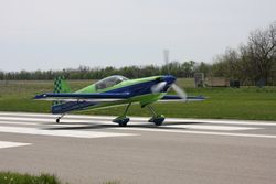 Rick Nutt's MX-2 on takeoff roll