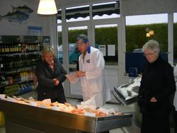 Filleting course at Morgans Finefish, Omeath