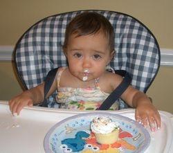 Kayla 1st Birthday cupcake