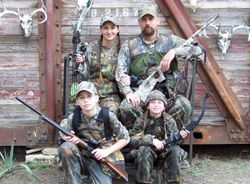 The family that hunts together, stays together.