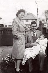 Peggy, Alfred and Stephen 1945