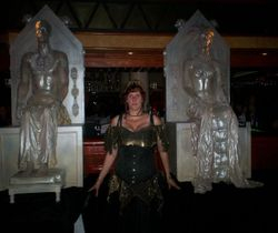 Melanie between the sacred figures of Enkil & Akasha