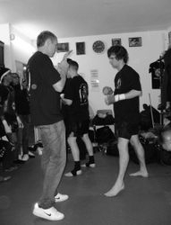 Anthony warm up with brother/cornerman Jamie 1
