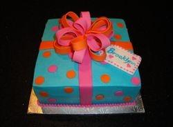 A Present Cake for Brooklynn's 8th Birthday