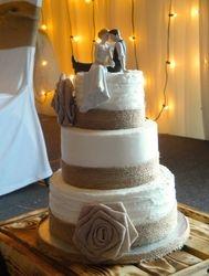 Shabby Chic Burlap Wedding Cake