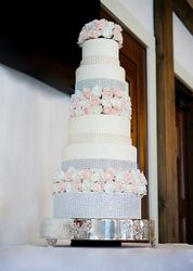 Wedding cake with Pearls, Rhinestones, and Roses