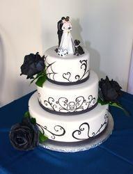 Skull & Roses Wedding Cake