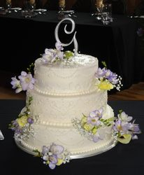3 Tiered Wedding Cake with Fresh Flowers