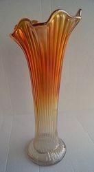 Fine Rib vase in marigold.