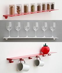 Use ledge shelves and cup racks in the kitchen