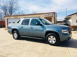 2009 Chevrolet Avalanche LT  $9,500