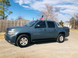 2009 Chevrolet Avalanche LT  $8,900  **REDUCED**