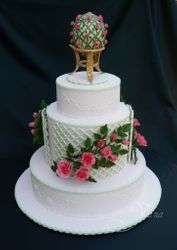 Rose Trellis Wedding Cake