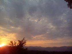 Sunce iza oblaka
