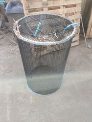 3ft long round live bait store cage . top entrance