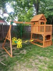 Backyard discovery Atlantis swing set assembly in Silver spring maryland