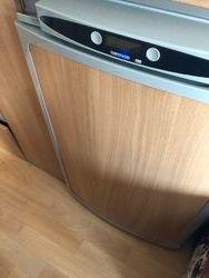 fridge/freezer compartment