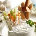 garlic an yogurt in Greece diet, by Greek2m