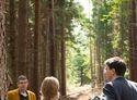 Menschen im Wald