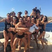 the beach bachelor party of the bridesmaids of Ana Beatriz Barros