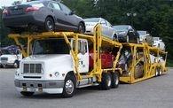Auto hauling truck