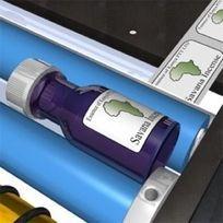 etiketteren van alle ronde perfumflesjes