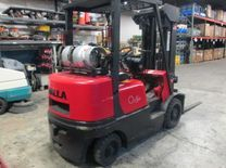 Fork Lift & Jitney Trucks for Manufacturing