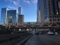 the elevated train, downtown Chicago