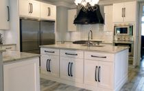 modern white shaker kitchen