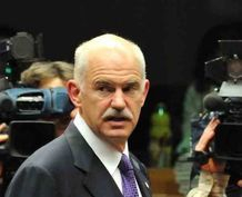 George Papandreou goes for elections by his own party, January 2015