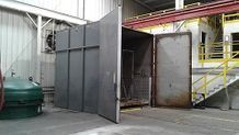 Steelma walk in sandblasting unit