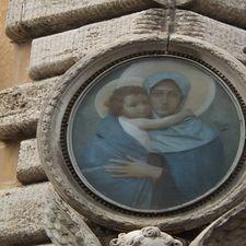 """<img src=""""australian womens travel.jpg alt=womens travel streetcorner shrine, rome """">"""