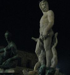 "womens tours.jpg alt=womens travel, neptune fountain, florence"">"