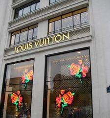 "src=""australian womens travel.jpg alt=womens travel,louis vuitton, champs elysees , paris france """