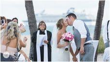 www.weddingsbycecilia.com t