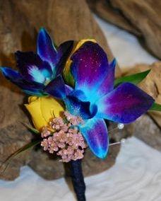 Bom Blue dendrobium orchid boutonniere