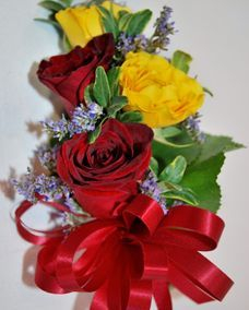 yellow & red spray roses pin-on corsage