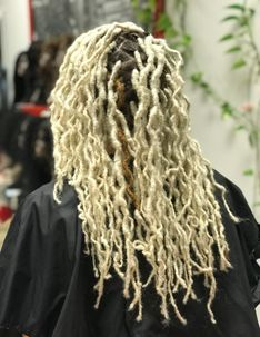Braids by Bee starts Locs with instantloc dread extensions method on 613 blonde hair.