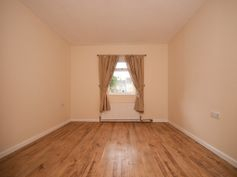 fitted laminate flooring