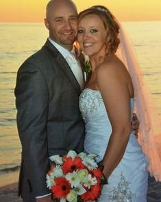 Henderson Beach State Park Wedding, bridal bouquet with gerber daisies and calla lilies