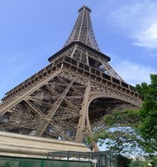 "src=""australian womens travel.jpg alt=womens travel,eiffel tower from the river , paris france """