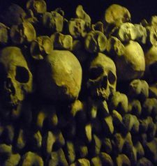 "src=""australian womens travel.jpg alt=womens travel,catacombes , paris france """