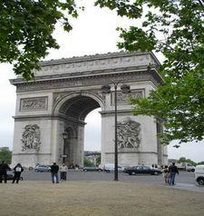 "src=""australian womens travel.jpg alt=womens travel,arch du triomphe with foliage in front , paris france """