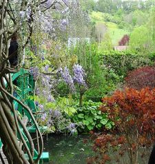 "ours.jpg alt=womens travel, vista, monets garden, giverny, france"">"