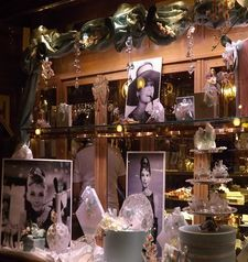 "womens tours.jpg alt=womens travel, gilli window display, florence"">"