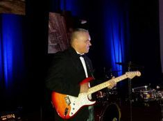 Mike Dones Guitarist with The Silkee Smoove Band